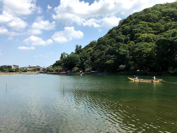 京都市内主要ホテル・外国人客初の4割超え & 嵐山の美術館