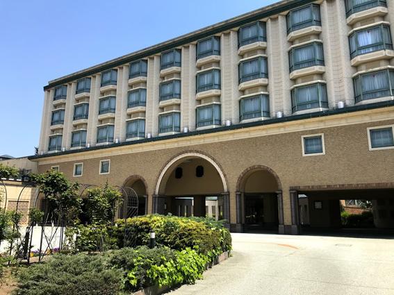 滋賀で初のコロナで事業停止!!『ロイヤルオークホテル スパ&ガーデンズ」4月28日で事業停止