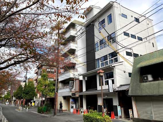 大型木造建築物を手掛けるリヴが中京区・木屋町通御池上るに木造5階建てのビルを建設